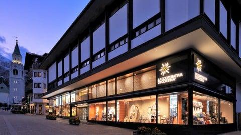 El Lumin Cortina.Shopping In Cortina La Cooperativa Di Cortina